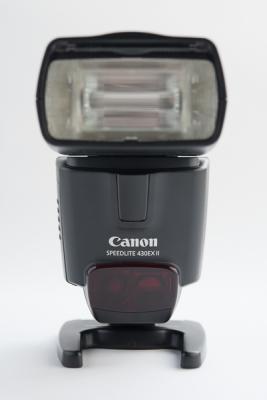 Светкавица Canon Speedlite 430EX II