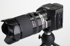 Комплект Action камера - Blackmagic Micro Cinema Camera+обектив Tamron 14-150 и батерия и зарядно Const LP-E6