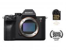 Фотоапарат Sony Alpha A7R IV Body + Обектив Sony FE 24-70mm f/2.8 GM