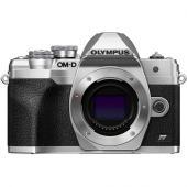 Фотоапарат Olympus OM-D E-M10 IV Body Silver