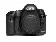 Фотоапарат Canon EOS 5D Mark III тяло