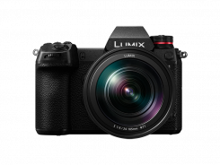 Фотоапарат Panasonic Lumix S1 Black Body + Обектив Panasonic SR 24-105 f/4